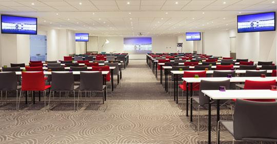 Hotel-seminaire-Bordeaux-salle-de-reunion
