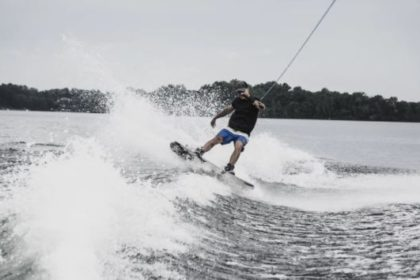 wakeboard seminaire annecy activites